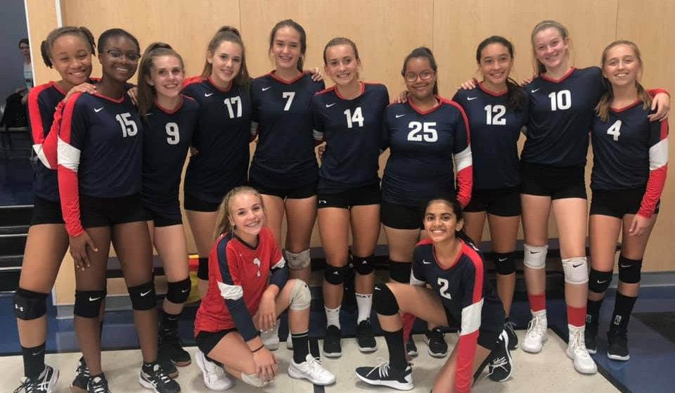 VCS MIDDLE SCHOOL GIRLS VOLLEYBALL IMAGE